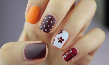 Floral nail treatment Southend